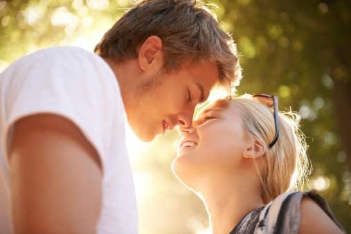 Познакомиться на сайте знакомств и создать семью в Германии - миф или реальность?